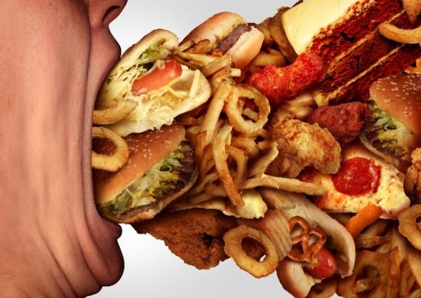 évitant de manger trop gras
